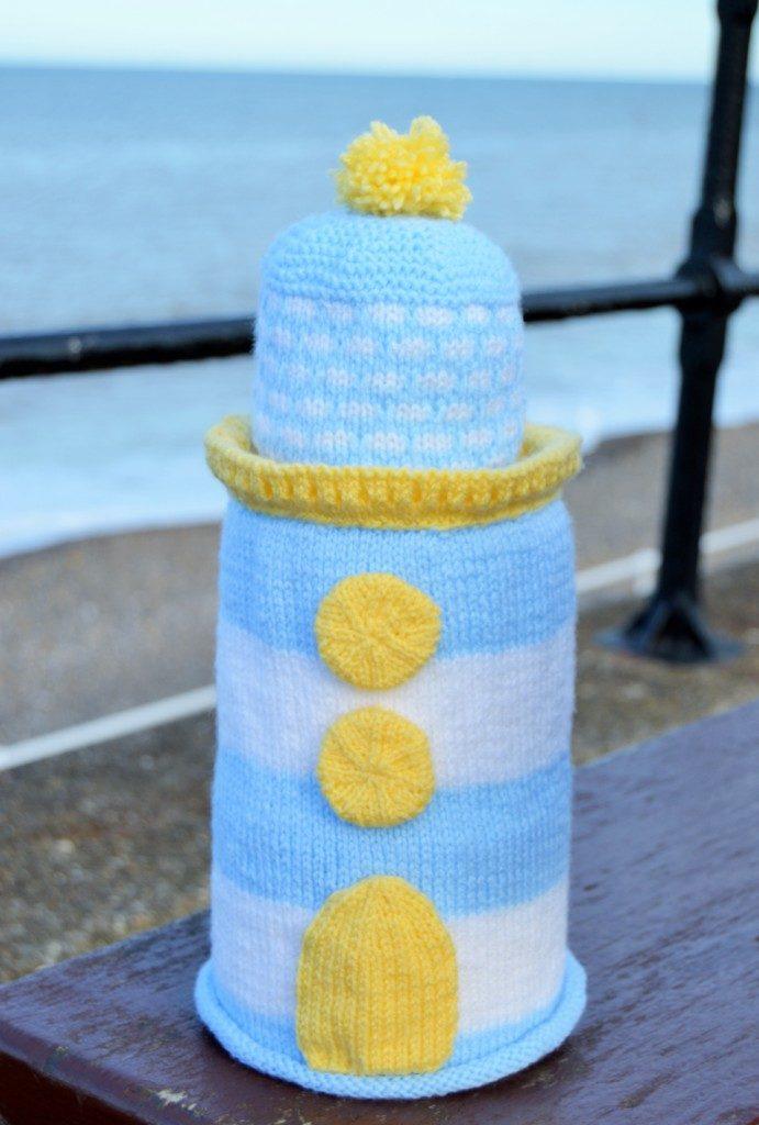 KBP-080 Lighthouse Toilet Roll Cover DK Knitting Pattern – Deany Fabrics